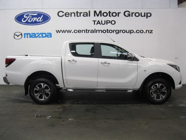 mazda bt-50 4x4 gsx auto 2017 - central motor group - taupo's