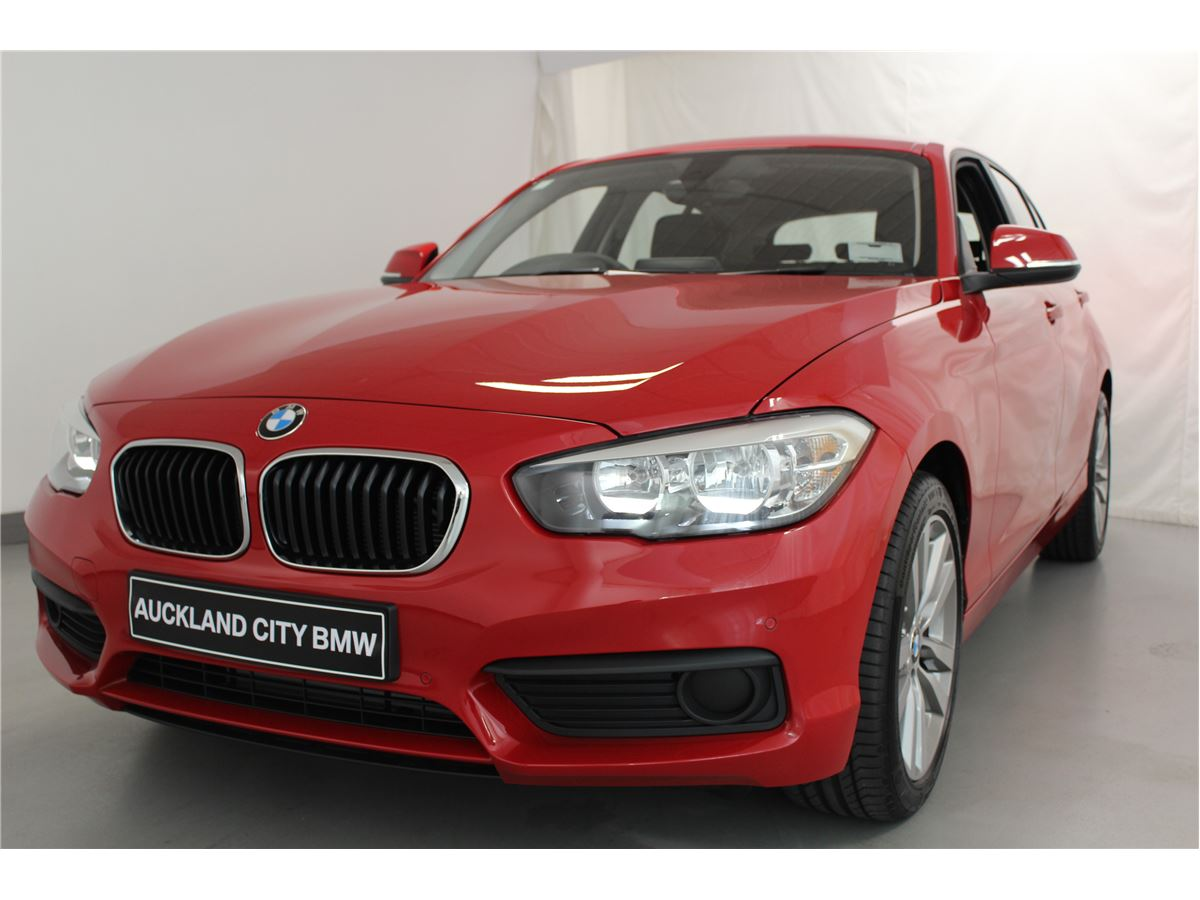 bmw 118i sport line 2016 auckland city bmw new used demo bmw vehicles for sale car parts. Black Bedroom Furniture Sets. Home Design Ideas