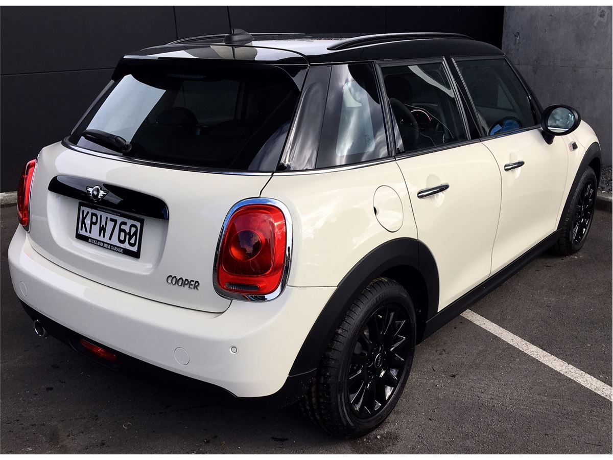 Mini hatch cooper 5 door 2015 auckland mini garage autos for Garage mini cooper annemasse