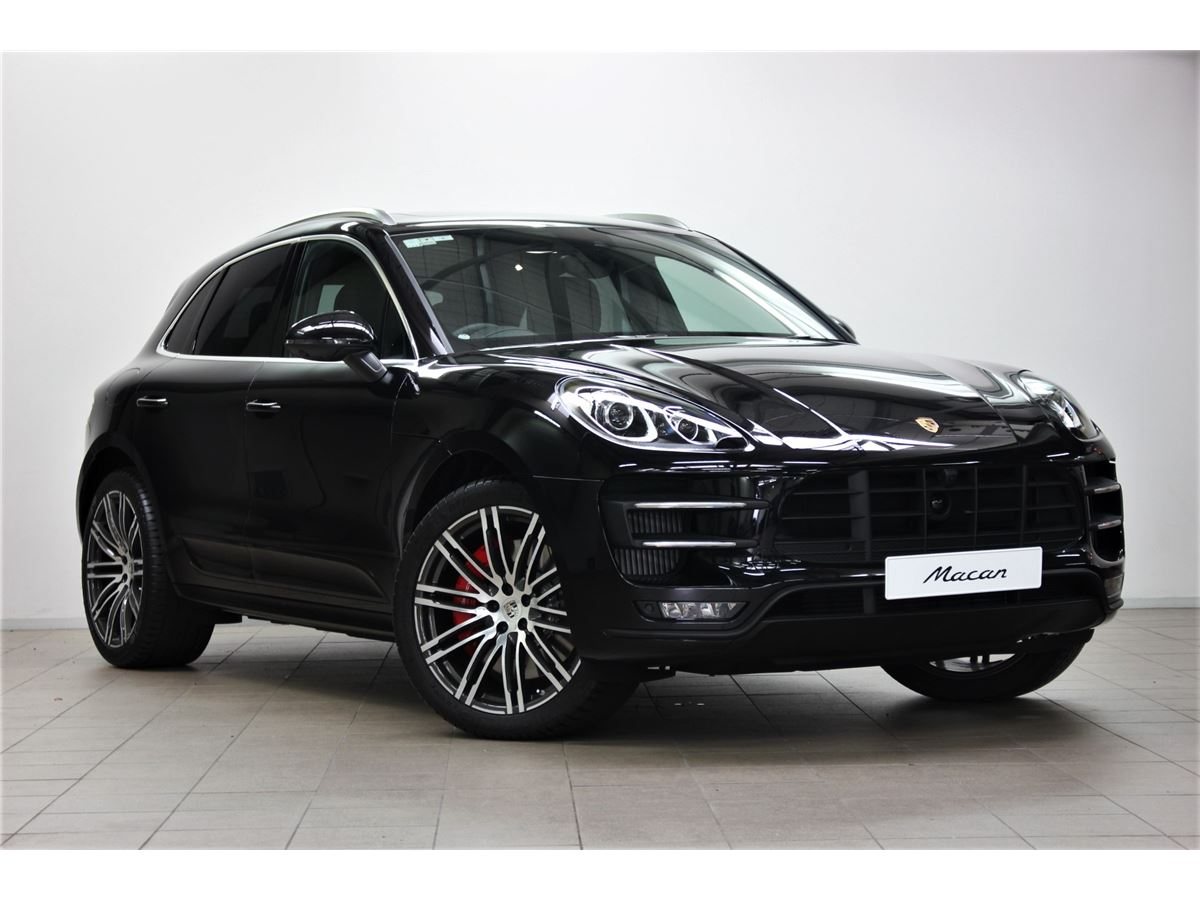 Porsche MACAN Turbo with Performance Pack 2018 - Motoring Network ...