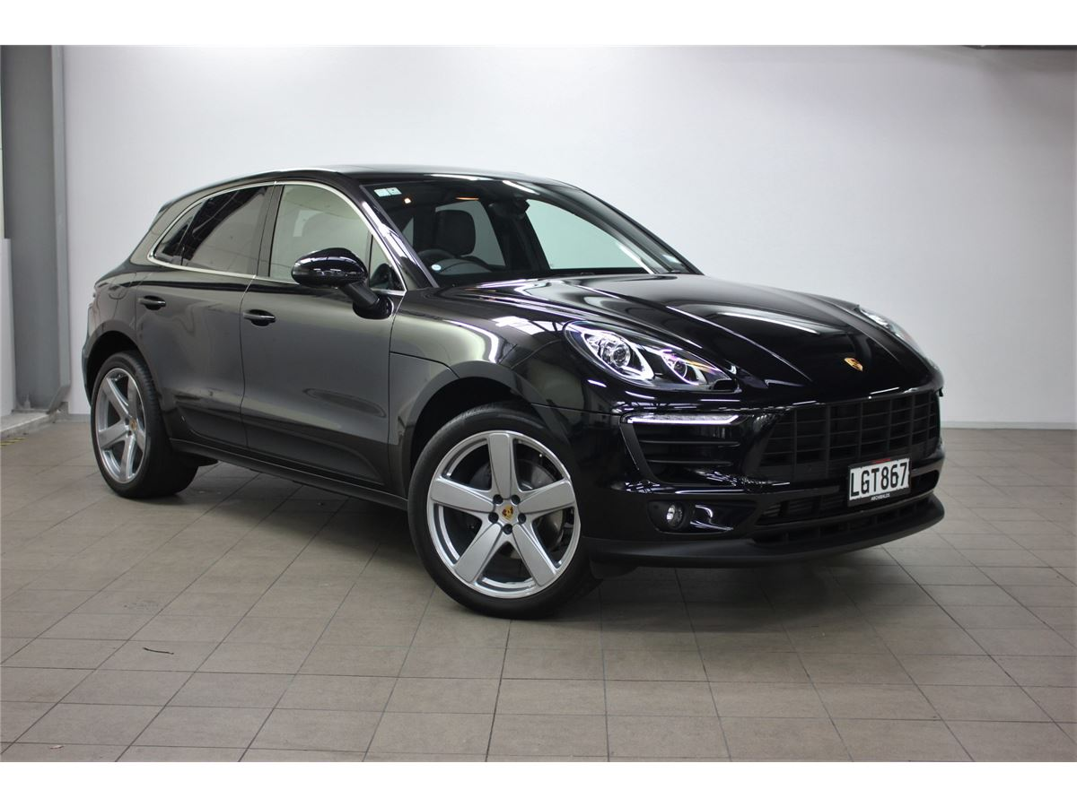 Porsche Macan Yearly Maintenance Cost on