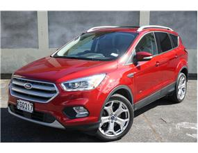 Ford Escape AWD TITANIUM PETROL 2017