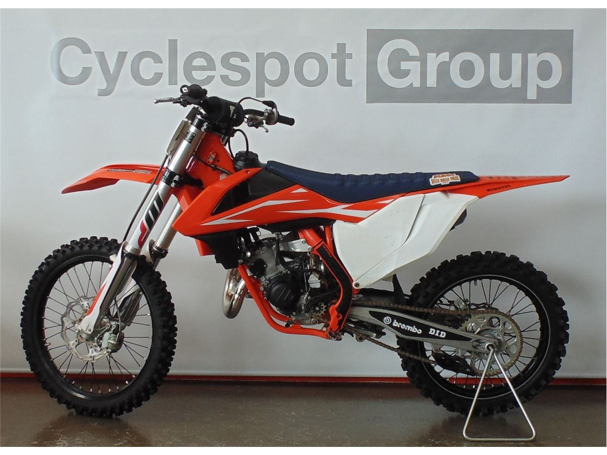 KTM 125SX SAVE $745 2018 - Cyclespot - New and Used Yamaha
