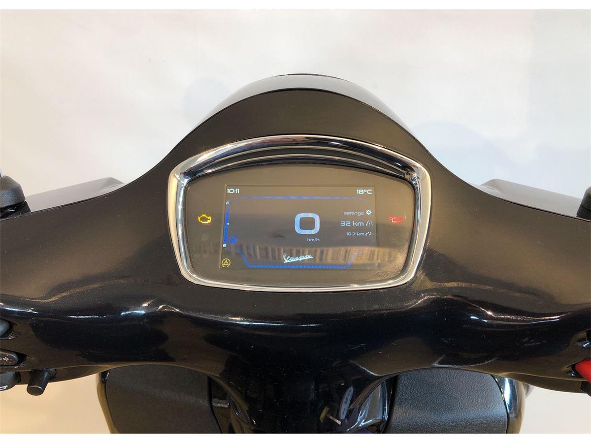 Vespa Gts 300 Super Tech 2020 Cyclespot New And Used Yamaha Bmw Ktm Ducati Husqvarna Vespa Indian Kawasaki Victory Motorcycles Servicing And Parts Auckland New Zealand