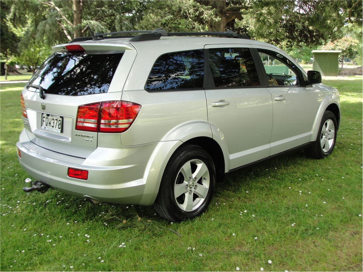 dodge journey sxt wd  petrol  seater  fagan motors   ford mazda kawasaki