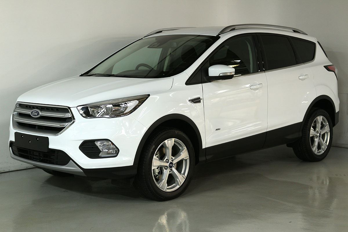 Team hutchinson ford ford escape trend 2 0 ecoboost awd 2018