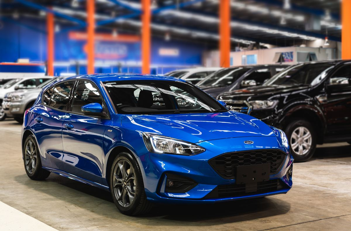 Ford Focus St Line 2019 Blue Metallic Ford Focus Review