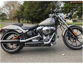 Harley Davidson Breakout 2016